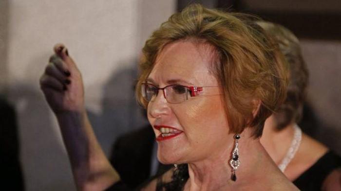 Untuk menghadapi krisis air, politikus Afrika Selatan Helen Zille mengaku hanya mandi tiga hari sekali. Orang-orang pun mempertanyakan kebersihannya. Foto: BBC