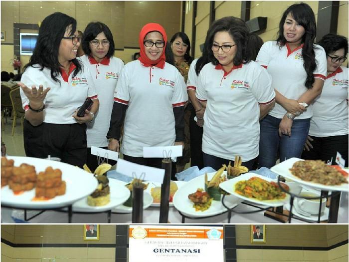 Pencanangan gerakan makan tanpa nasi di Manado. (Foto ilustrasi:Dok. Kementan)