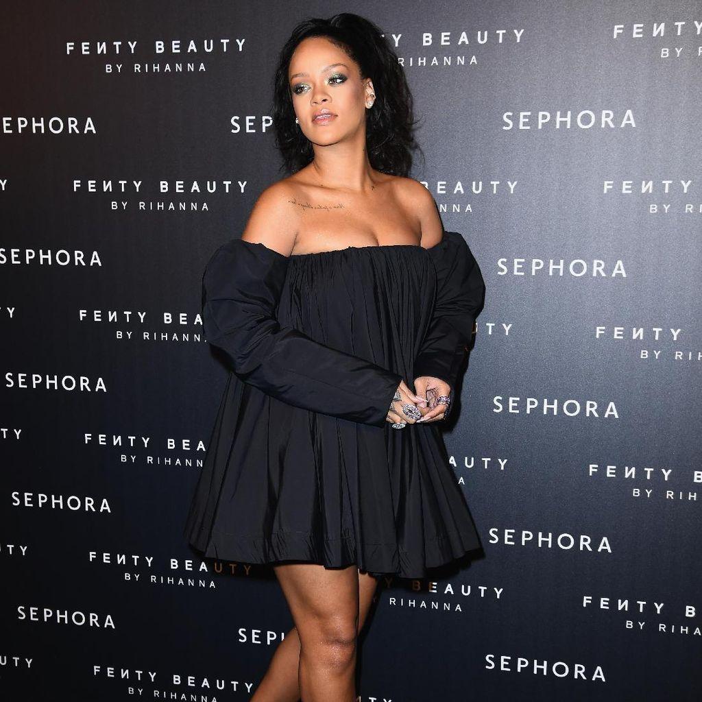 Rihanna Bakal Jadi Nama Jalan di Kota Kelahirannya