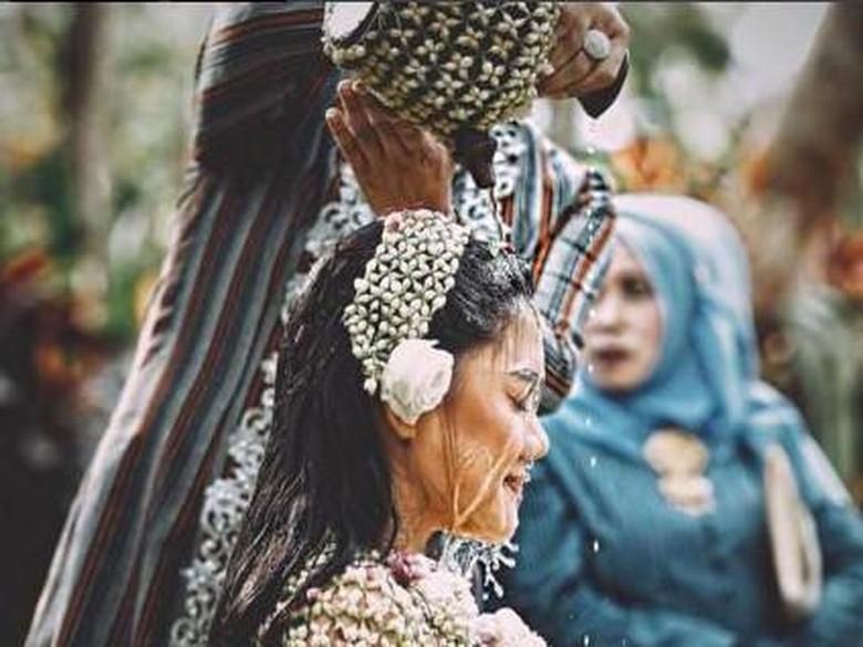 Jelang Akad, Vicky Shu Posting Video Romantis