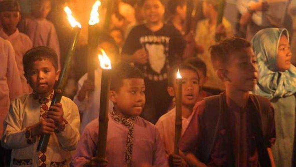 Foto: Meriahnya Anak-anak Pawai Menyambut Tahun Baru Hijriah