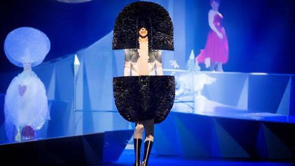 Cerita Rinaldy Yunardi Raih 3 Penghargaan Fashion Bergengsi Dunia