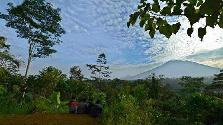 Hingga Pagi Tadi, Jumlah Gempa Tektonik Gunung Agung Menurun