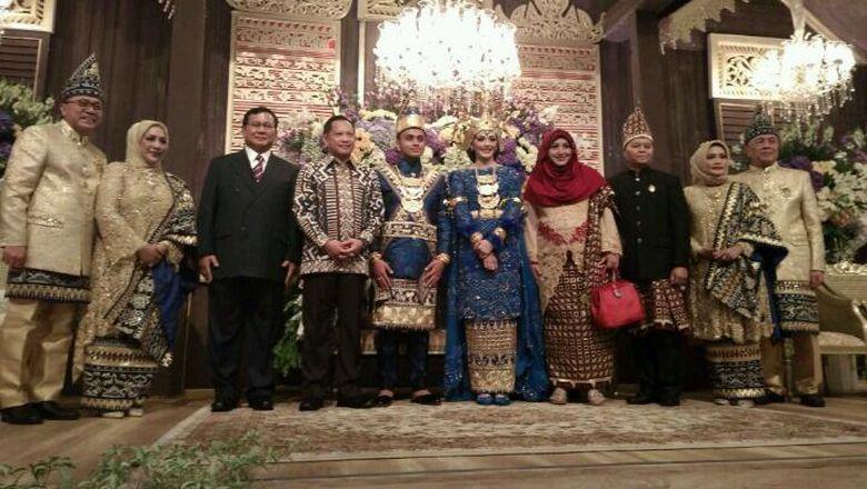 Hasil gambar untuk Prabowo juga Hadiri Resepsi Putri Tutut, Bertemu Jokowi dan SBY?