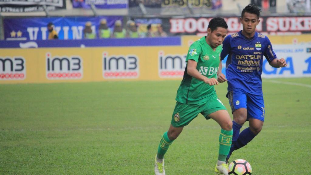 Sepakbola Indonesia di Mata Kim Kurniawan