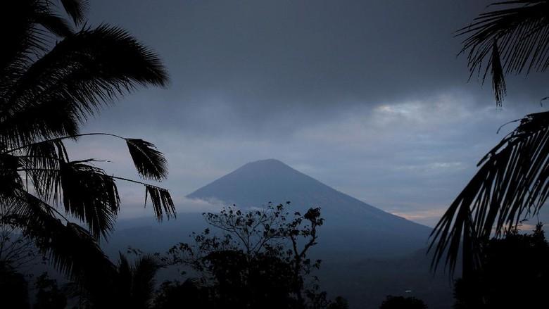 PVMBG: Aktivitas Gunung Agung Meningkat dan Berpotensi Meletus