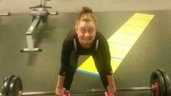 Latihan beban biasanya dilakukan untuk membentuk otot. Perlu usaha ekstra untuk melakukannya dan hal ini kadang menghasilkan raut wajah yang lucu-lucu.