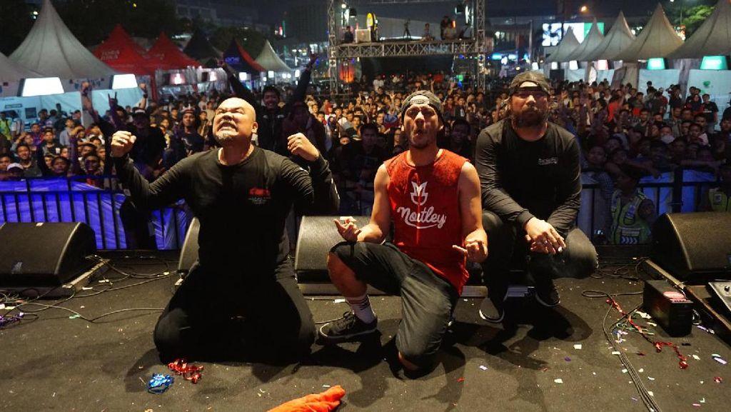 NTRL dan Killing Me Inside Meriahkan Nobar MotoGP Karawang
