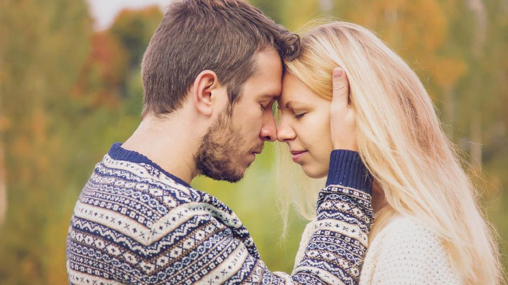 Yakin Cinta pada Pandangan Pertama? Ini Faktanya Menurut Hasil Penelitian