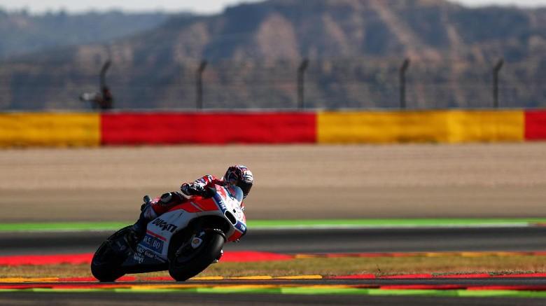 Tertinggal dari Marquez, Dovizioso: Masih Ada Empat Balapan