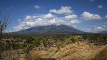 Kementerian ESDM: Aktivitas Kegempaan Gunung Agung Masih Tinggi