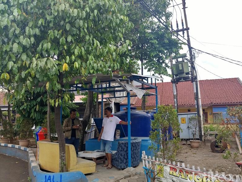 Keren Nih! Ada Kampung di Bandung yang Larang Warganya Merokok