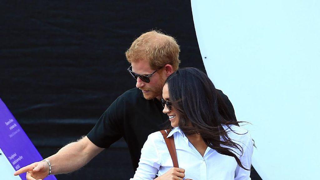 Tanda-tanda Pangeran Harry dan Meghan Markle Akan Segera Menikah