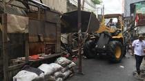 Antisipasi Banjir, 48 Bangunan di Tambora Dibongkar