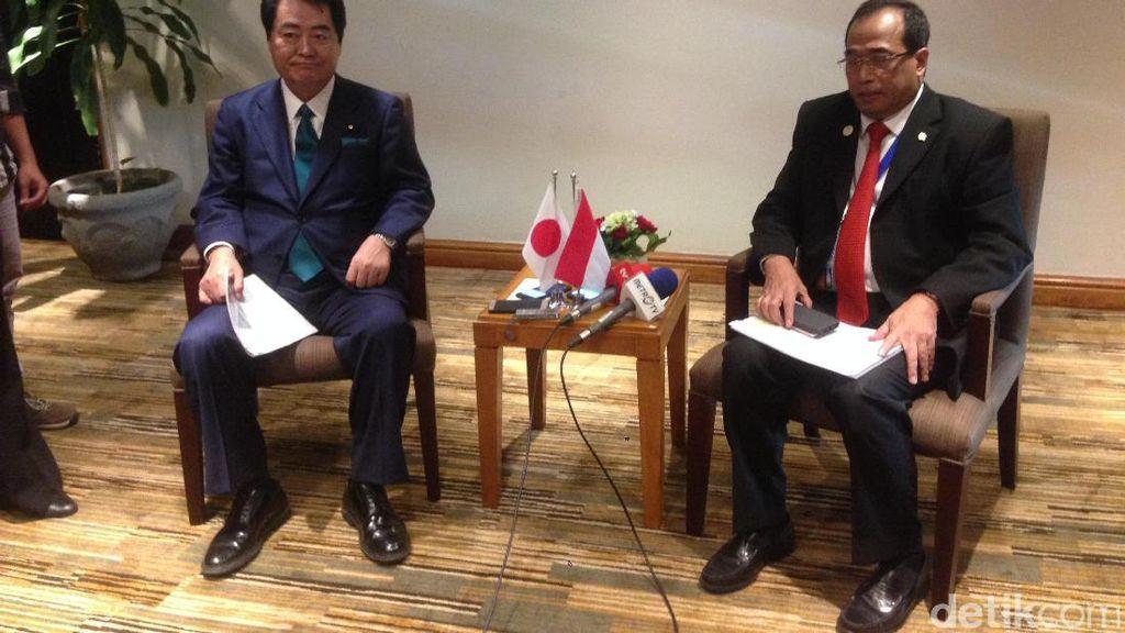 Bertemu Menteri Jepang, Menhub Bahas MRT hingga Kereta Cepat JKT-SBY