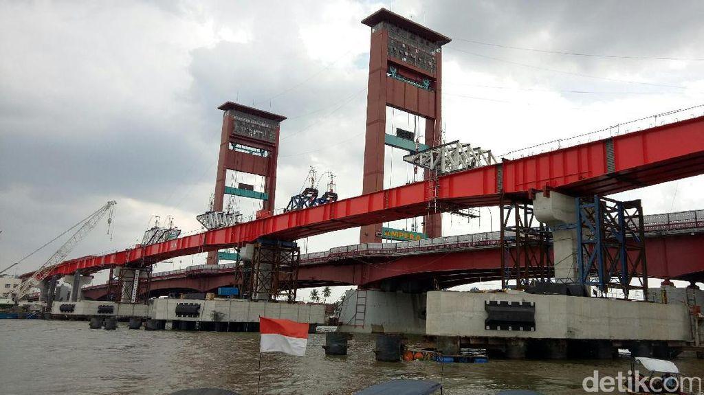 Jalur LRT di Samping Jembatan Ampera Tersambung, Terlihat Elok