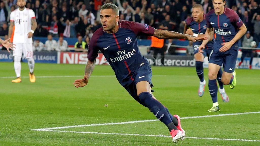 Alves: Jika Diminta, Saya Kembali ke Barcelona Besok