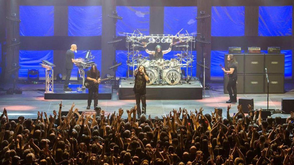 Mendikbud Bilang Aman, Konser Dream Theater Dipindah dari Prambanan