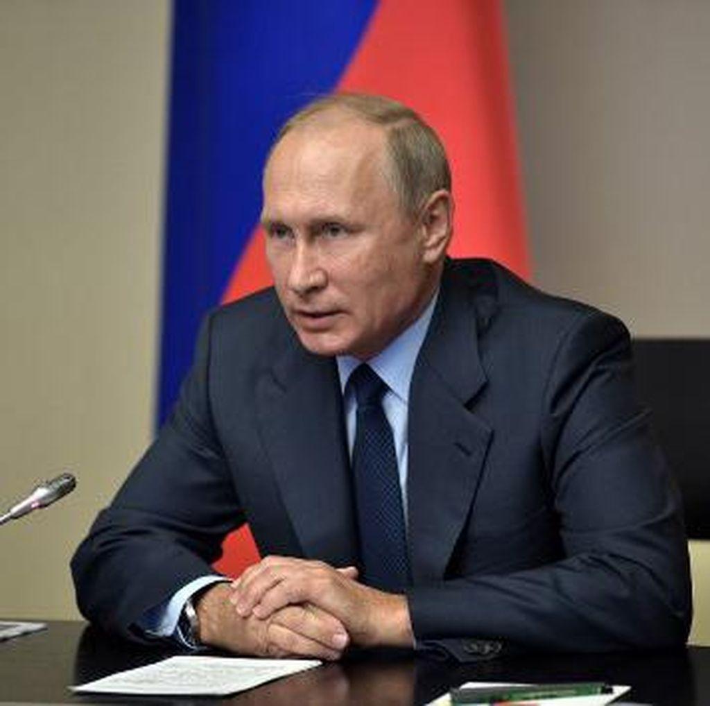 Exit Poll: Putin Menang Pilpres Rusia 73,9% Suara