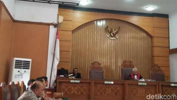 Sidang Praperadilan Novanto, Hakim Baca Pertimbangan Putusan