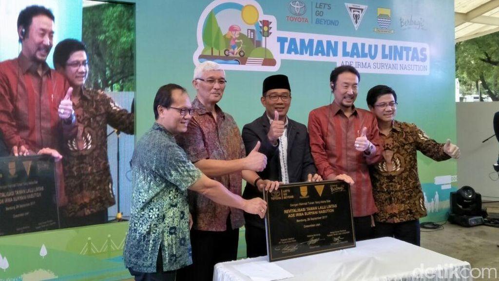 Toyota Beri Kado untuk Pemkot Bandung