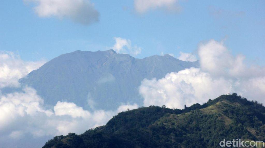 Tremor Gunung Agung Belum Jadi Tanda Terjadinya Erupsi