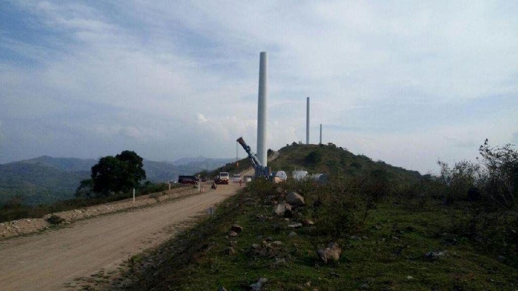 Cek Kebun Angin 75 MW di Sulsel, Jonan: Tarif Harus Terjangkau