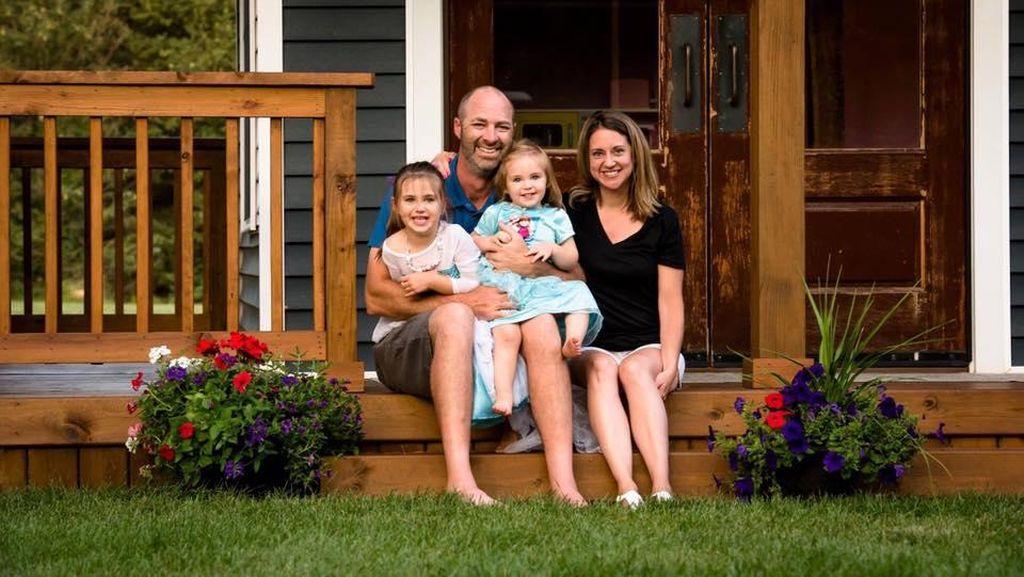 Keren! Ayah Ini Buatkan Rumah Bermain Impian untuk Putrinya