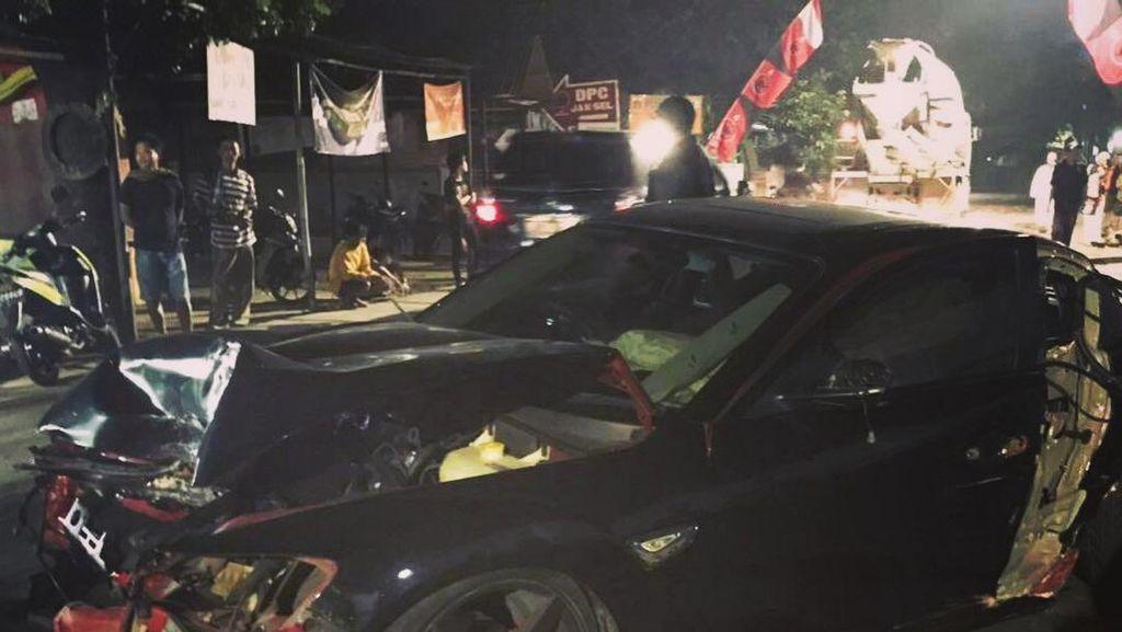 Ivan Fadilla Ungkap Kronologi Kecelakaan Mobil Putranya