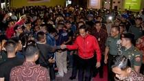 Saat Jokowi dan Panglima Nobar G30S/PKI Bersama Warga Bogor