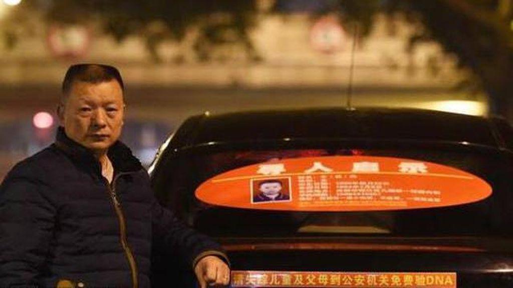 Kisah Pilu Pria Jadi Supir Taksi Selama 23 Tahun Demi Cari Anaknya