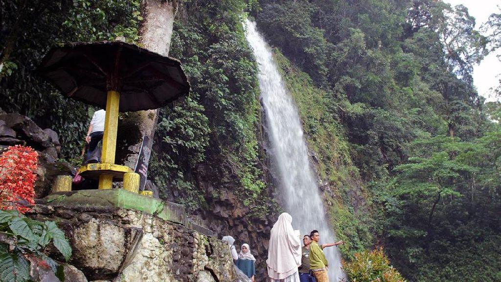 Air Terjun Ikonik dari Sumatera Barat