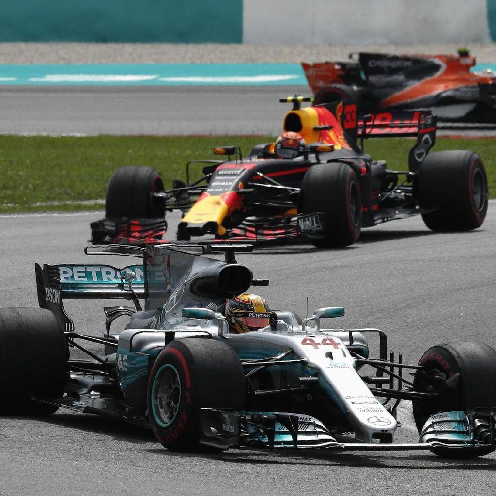 Hamilton Sebut Mercedes Mesti Tingkatkan Kecepatan