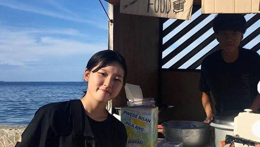 Pelajar Ini Jual Hidangan Korea dengan Harga Sukarela untuk Orang Tak Mampu