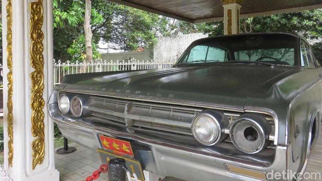 Mengintip Mobil Bersejarah Milik Letjen Ahmad Yani