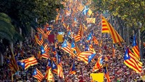 Puluhan Ribu Warga Barcelona Tolak Merdeka dari Spanyol