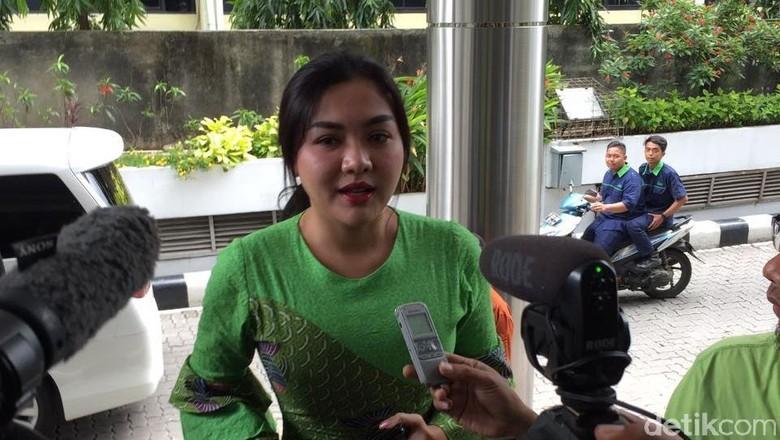 Vicky Shu: Saya Nggak Di-endorse First Travel, Bayar Full
