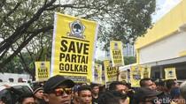 Demo di DPP Golkar: Kang Dedi di Hati Selalu Dinanti