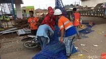 Penggarap Proyek Becakayu: Pemotor Tertimpa Jaring, Sudah Diperingatkan