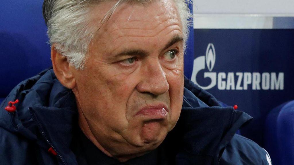 Ups, Bayern Jual Produk yang Masih Munculkan Gambar Ancelotti