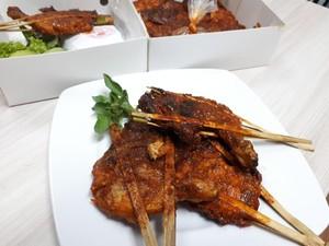 Ayam Panggang Sabariyah: Pedas Mantap Ayam Panggang Japit Bambu Khas Lumajang
