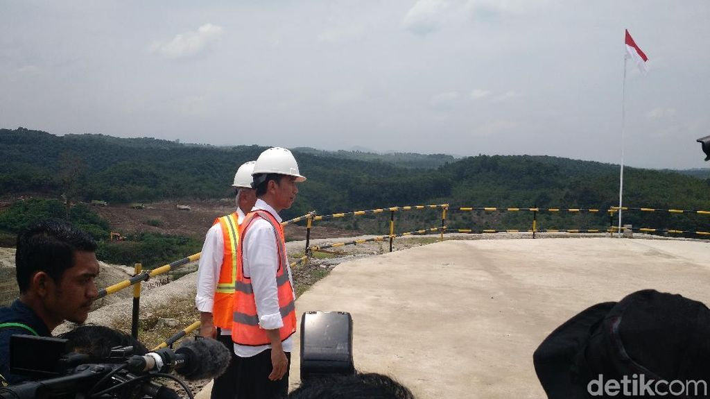 Ke Pandeglang, Jokowi Ingin Cek Program Desa