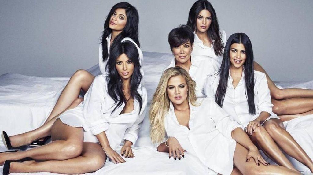 Mau Lebih Seksi dan Cantik? Yuk, Intip 10 Pola Makan Keluarga Kardashian (1)