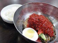 8 Makanan Super Pedas dari Korea yang Bikin Keringat Bercucuran, Berani Coba?