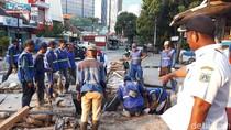 Ada Pengerjaan Saluran Air, Jalan Wahid Hasyim-Gondangdia Ditutup