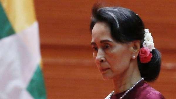 Pertama Kali, Suu Kyi Kunjungi Wilayah Rakhine yang Dilanda Konflik