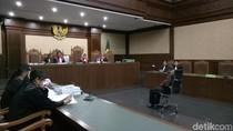 Eks Atase Imigrasi KBRI Kuala Lumpur Dituntut 5 Tahun Bui