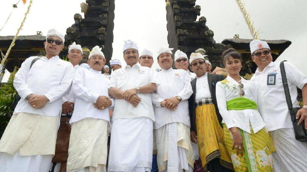 Menteri Pariwisata Buktikan Bali Masih Aman