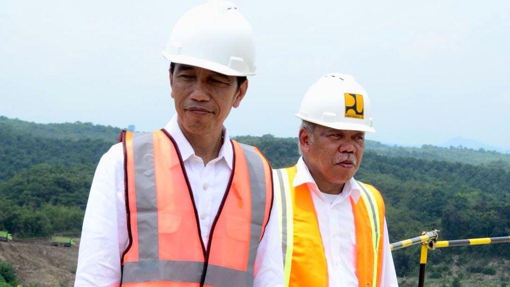 Jokowi Blusukan ke Proyek Bendungan Terbesar Ketiga di RI