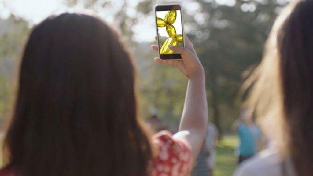 Patung Virtual Jeff Koons Dipajang di 9 Lokasi Seluruh Dunia